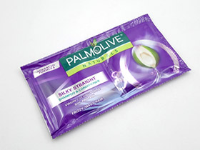 P05 5 S04 pic1 sachet shampoo continuous pouch example